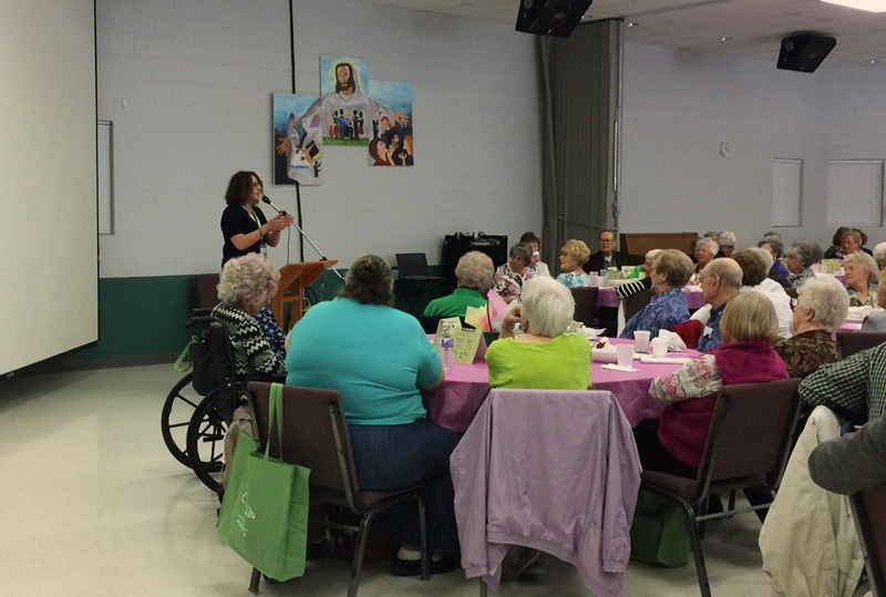 Judy Waechter, Crossroads Hospice Charitable Foundation Community Education, teaches seniors of the Silver and Gold Club of Northwest Missouri how they can stay safe while having fun in the summer months.