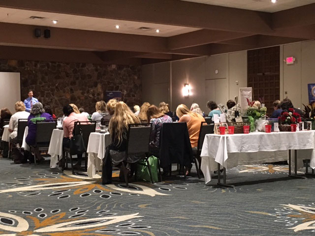 Crossroads Hospice Charitable Foundation was in Osage Beach, Missouri to provide education and resources to social workers at the Social Service Association of Missouri Annual Conference.